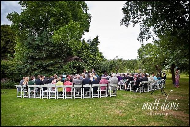 Clanfield barn wedding