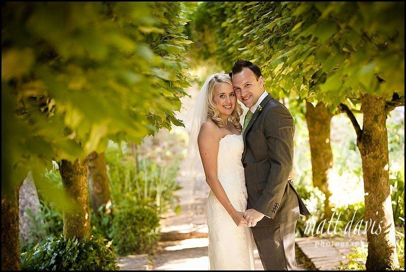 Barnsley House wedding couple