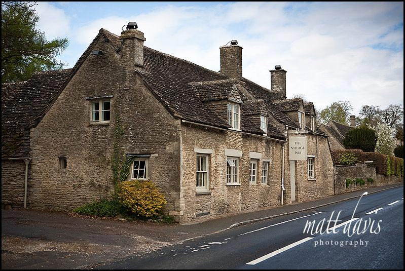 pub close to Barnsley House