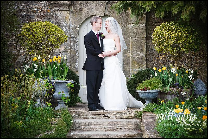 wedding photos at Barnsley House