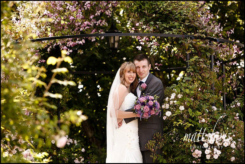 Kingscote Barn wedding photos by Matt Davis