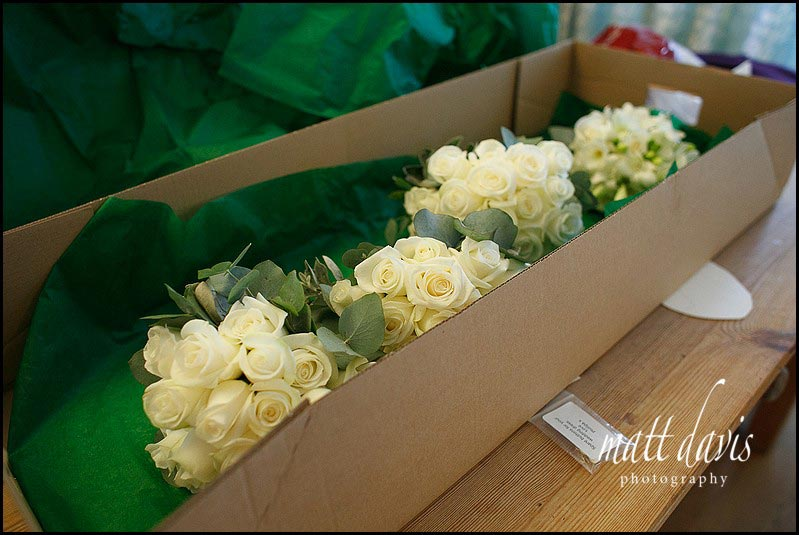 Cream roses for all the wedding flowers
