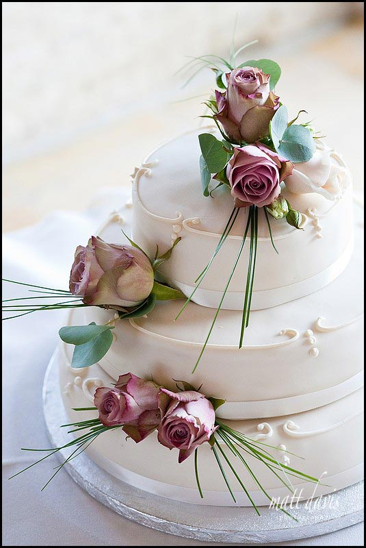 elegant wedding cake design at Kingscote Barn wedding