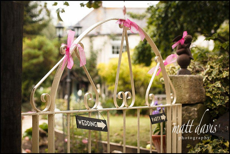 Wedding decorations for a garden wedding party