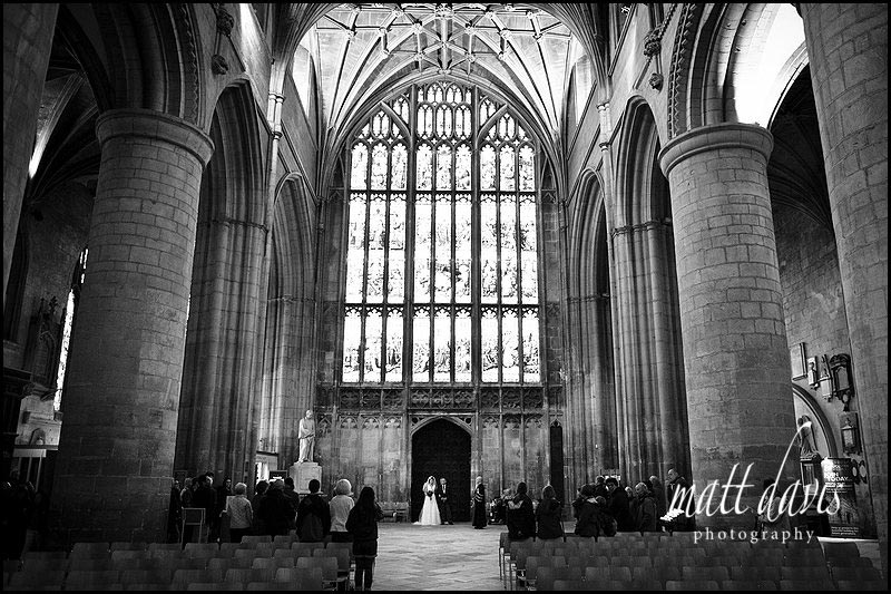 bride arriving with dad at Gloucester Cathedral