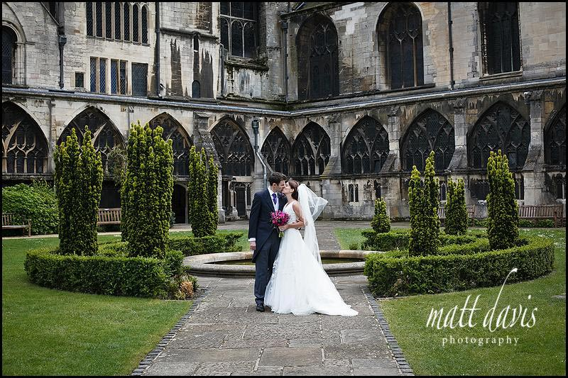 outside Wedding photos at Gloucester Cathedral - Ben & Hannah
