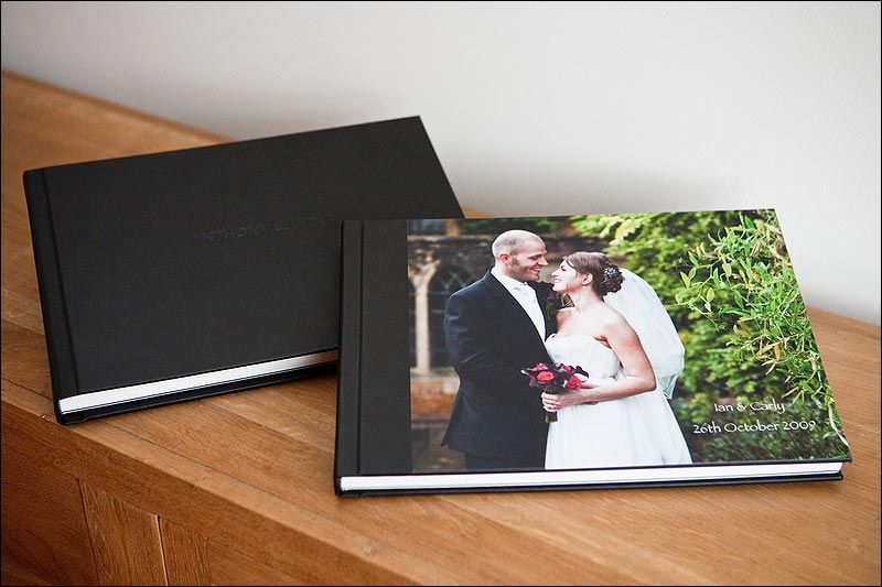Wedding album cover types - black leather and printed photo