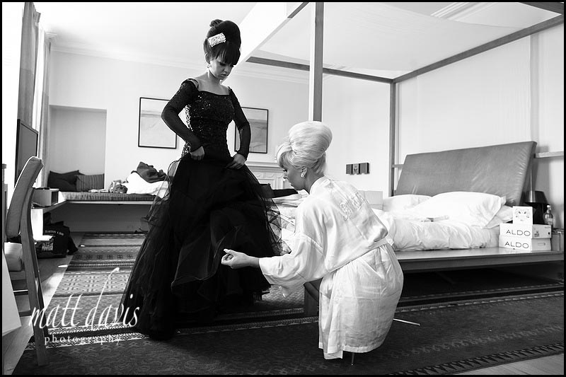 Bridal preps at Cowley Manor hotel