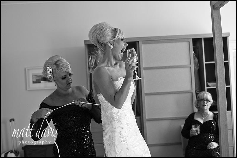 Documentary Gloucestershire wedding photographer