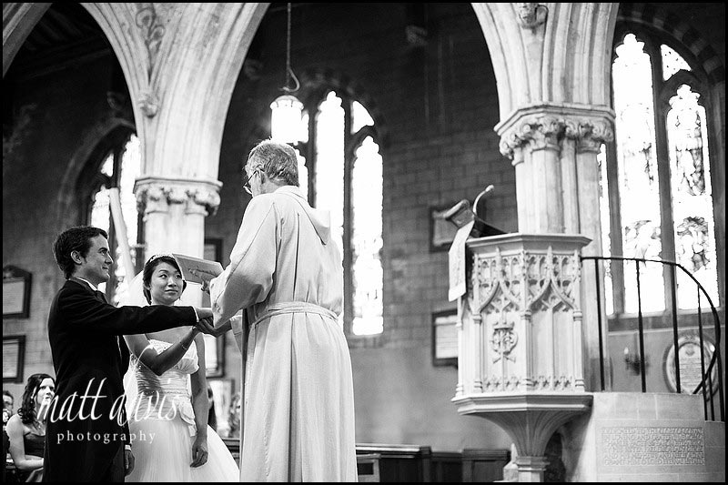 b&w wedding photos at Berkeley Church