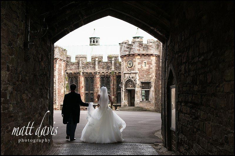 Berkeley Castle wedding photographers shots