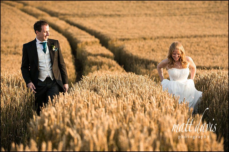 relaxed Kingscote Barn wedding photographs