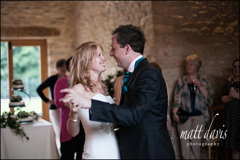 Kingscote Barn wedding photographs of first dance