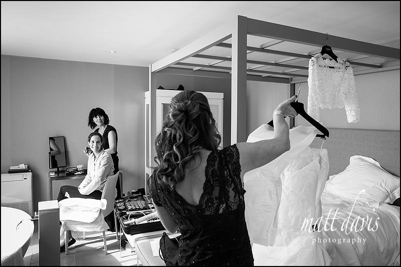 Bride getting ready at Barnsley House before wedding