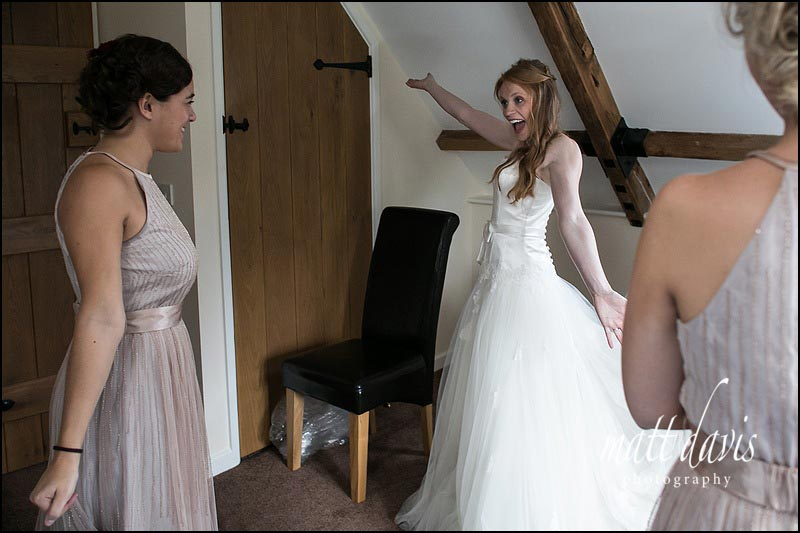 Ginger hair bride and beautiful wedding dress