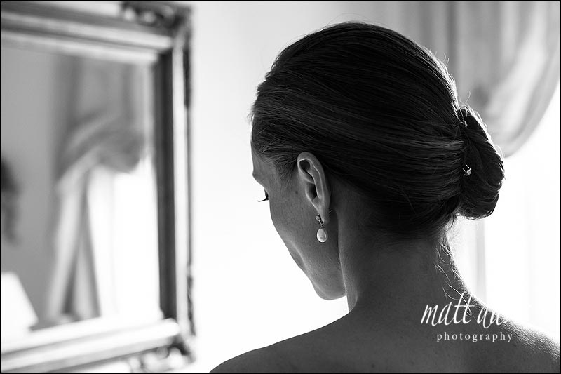 wedding hair tied to the side