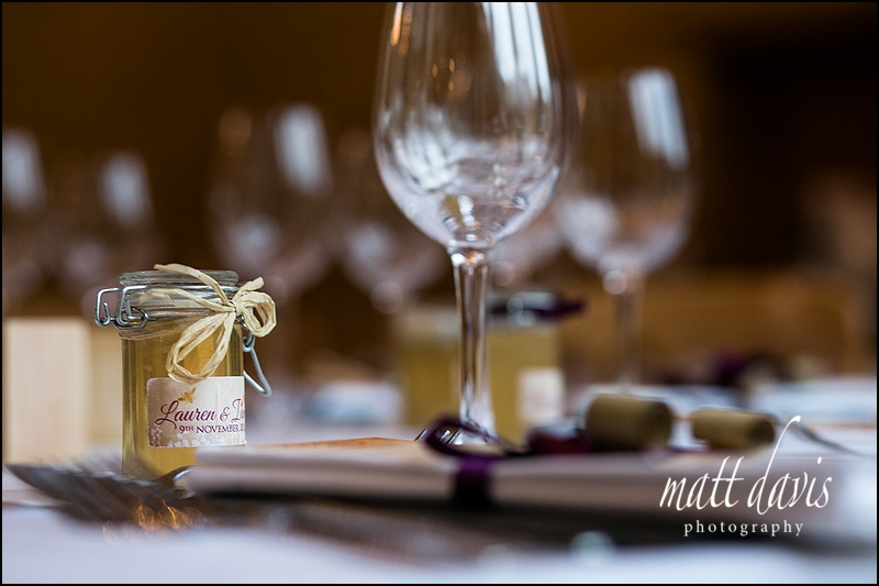 homemade honey as wedding favours