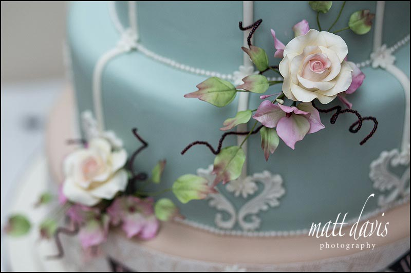 Baby blue Wedding cake with vintage styling