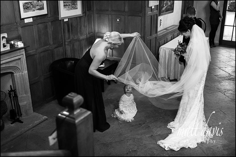 Black and white Stanton House Hotel wedding photos