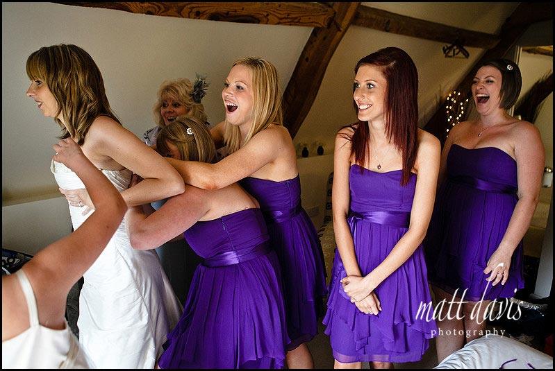 Kingscote Barn wedding photos by Gloucestershire wedding photographer Matt Davis