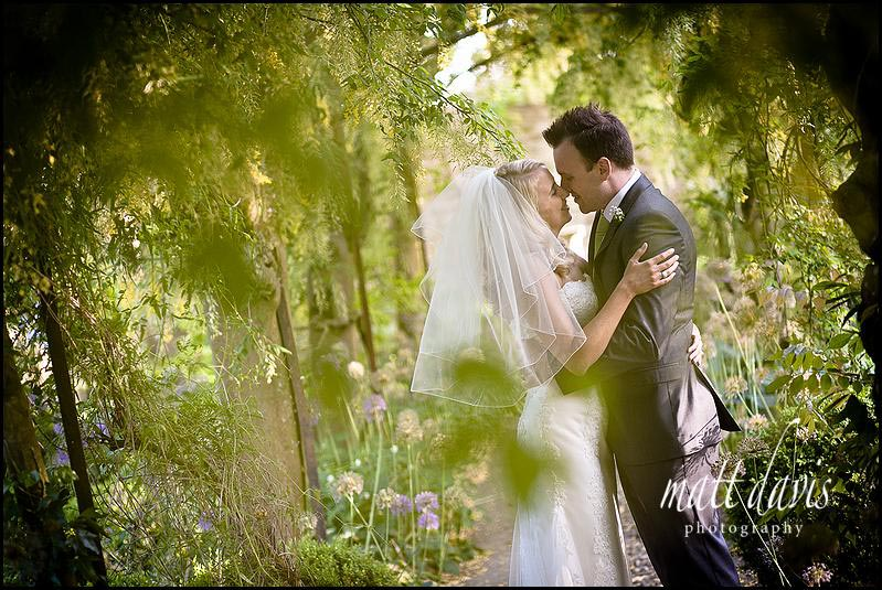 Gloucestershire wedding photographers at Barnsley House