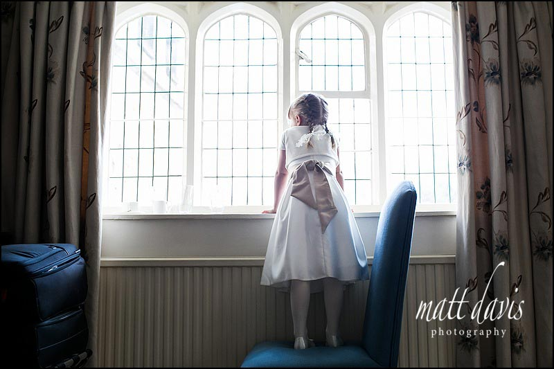 Natural wedding photos by Gloucestershire wedding photographer Matt Davis