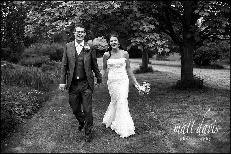 Gorgeous natural wedding photos at Dumbleton Hall