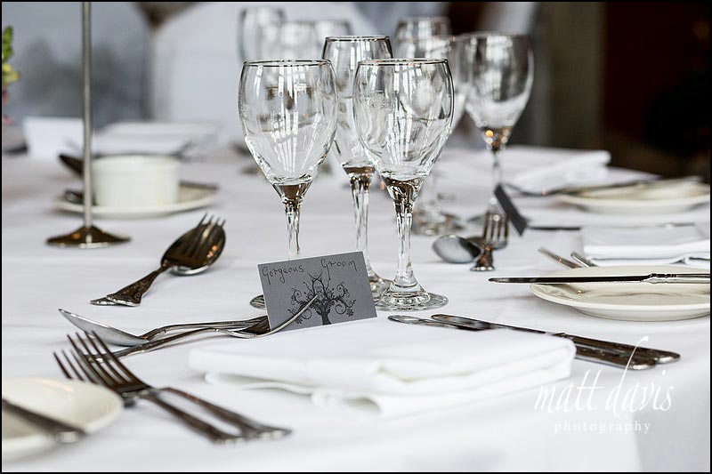 simple yet effective way to display table names at a wedding