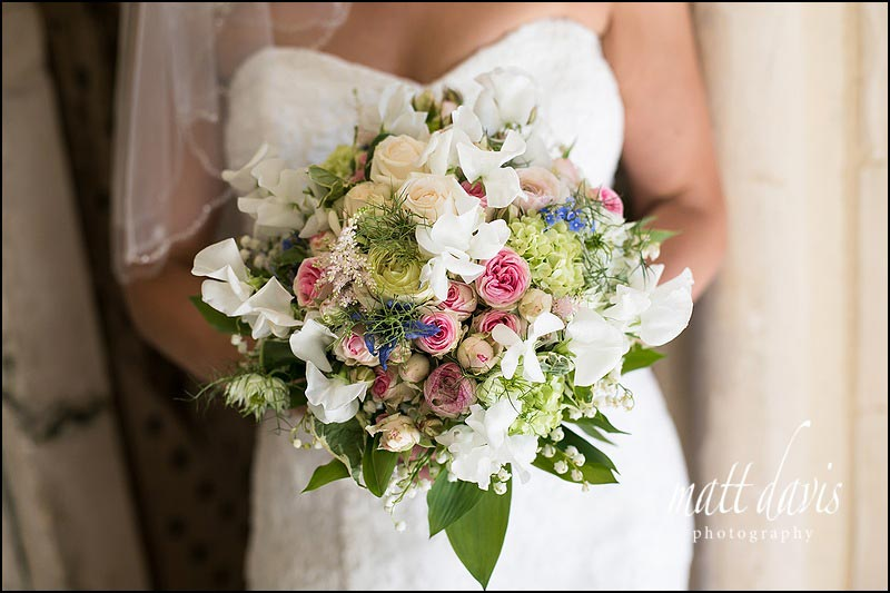 wedding bouquet with mixed flowers and English garden style