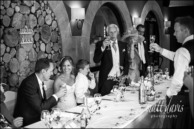 Natural wedding speeches captured by Gloucestershire photographer Matt Davis Phootgraphy