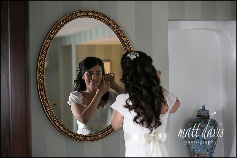 Ellenborough Park wedding photos of bride getting ready