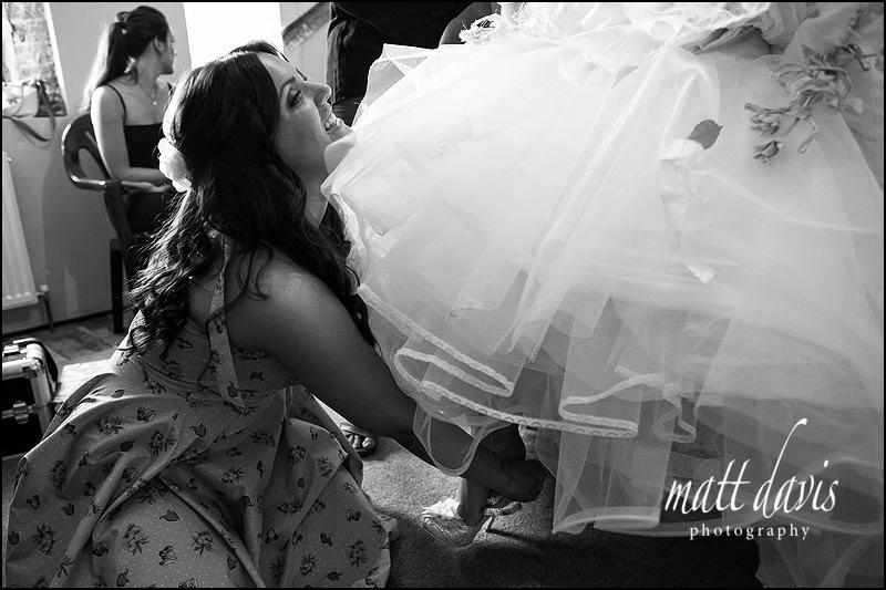 Cripps-Stone-Barn-wedding-photos-005