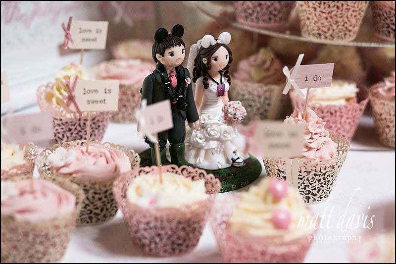 Cripps-Stone-Barn-wedding-photos-038