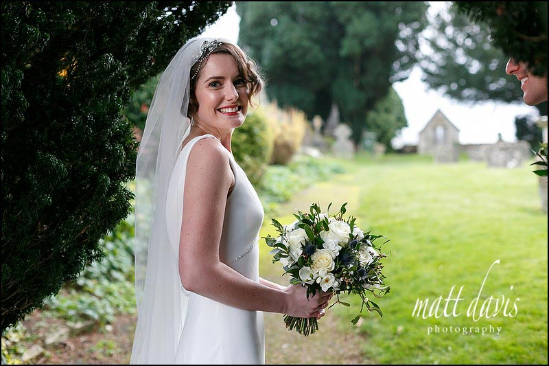 Bridal portrait of bride with short hair, 20's hairpiece and wedding veil