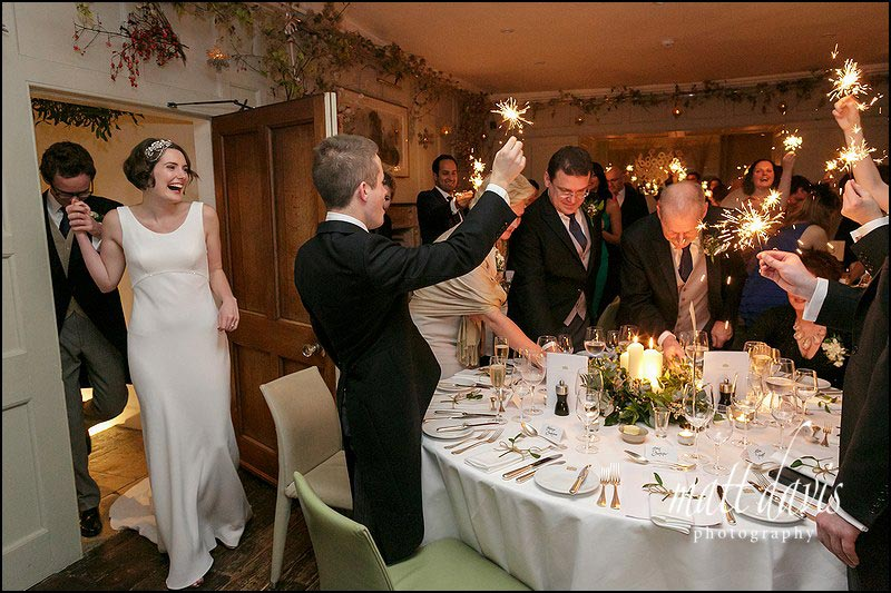 sparklers for the entrance of the bride and groom