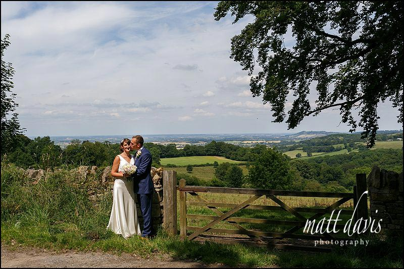 Wedding photos en route to Mickelton Hills Farm