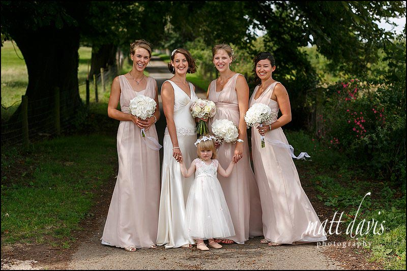 Beautiful group wedding photos at Mickelton Hills Farm