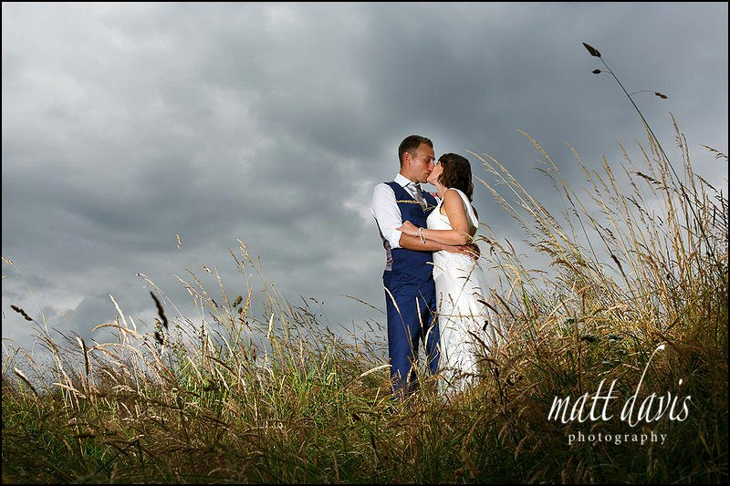 Stunning wedding photos at Mickelton Hills Farm by Matt Davis Photography