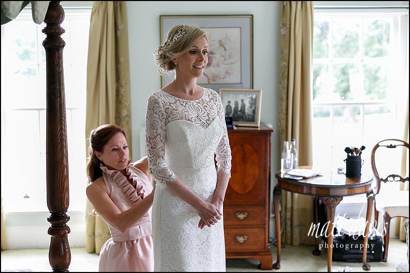 Bridal preps at Birtsmorton Court in the Bridal Suite
