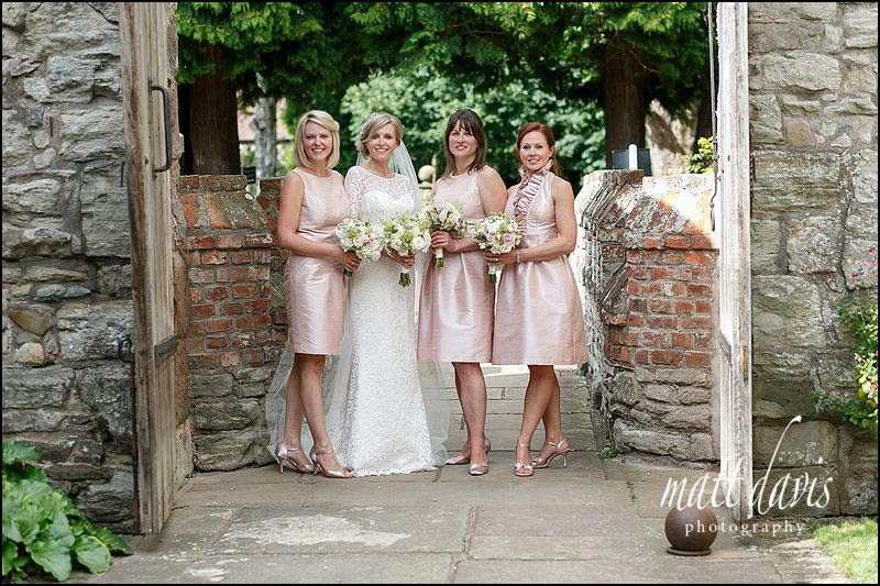 Stunning group photos of bride and bridesmaids at Birtsmorton Court