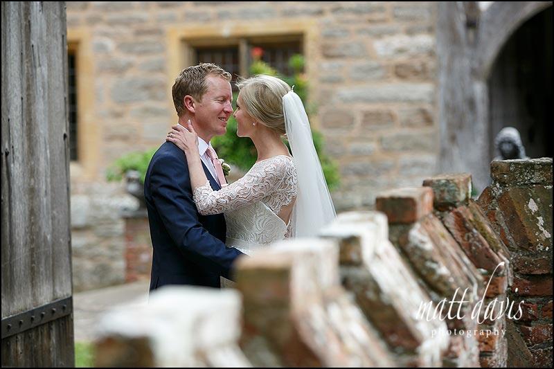 Natural wedding photos by Matt Davis Photography taken at Birtsmorton Court