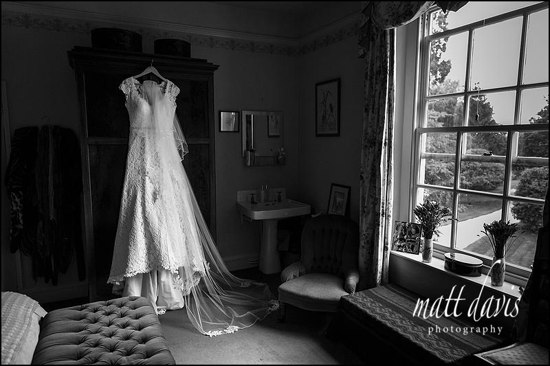 A quintessentially English wedding at the brides parents home