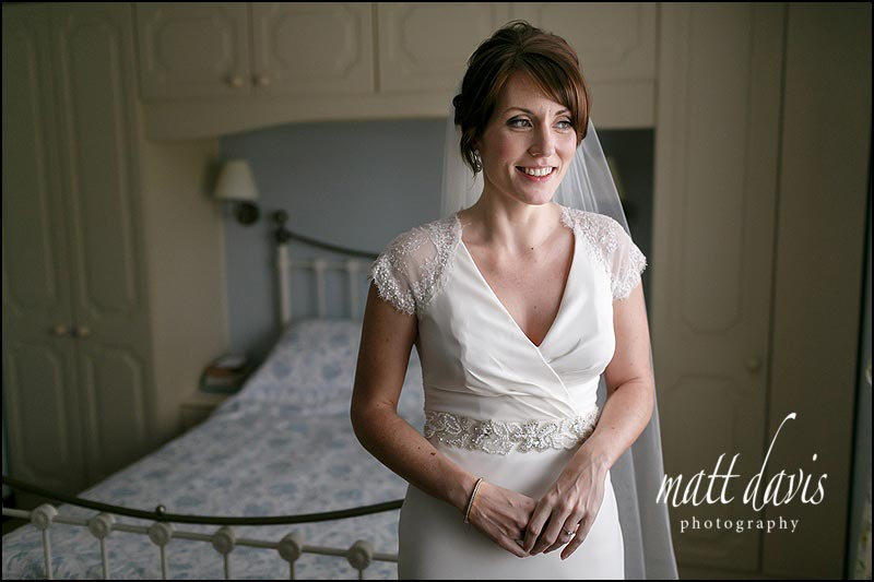 Bridal portrait before a wedding at Cripps Stone Barn