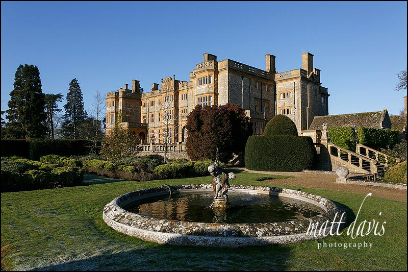 Eynsham Hall wedding photos by Matt Davis Photography