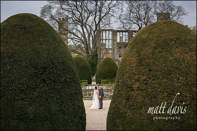 Sudeley Castle wedding photos in the Rose Garden