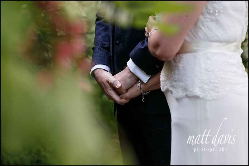 Intimate wedding photos at Barnsley House, Gloucestershire