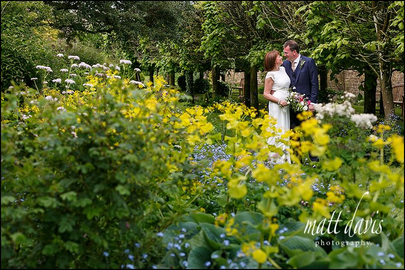 Creative wedding photography at Barnsley House Gloucestershire