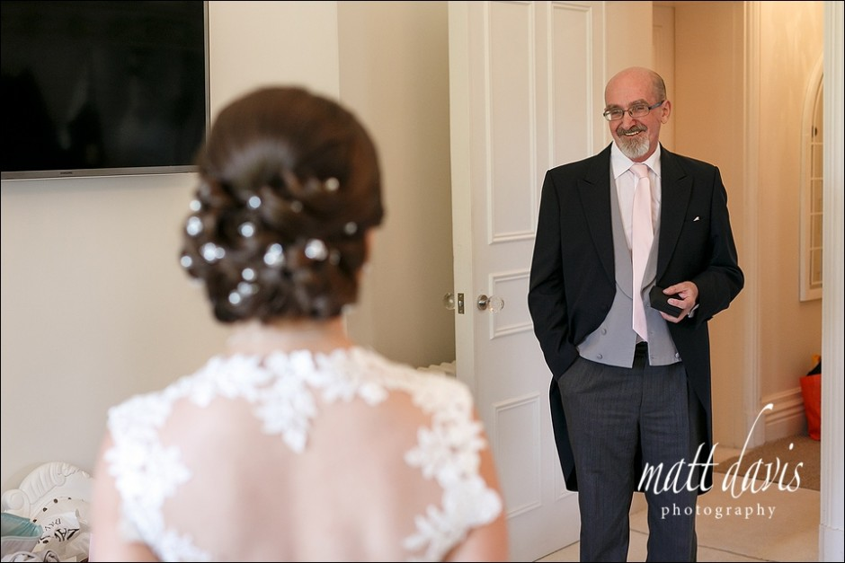 Documentary wedding photography at Manor By The Lake